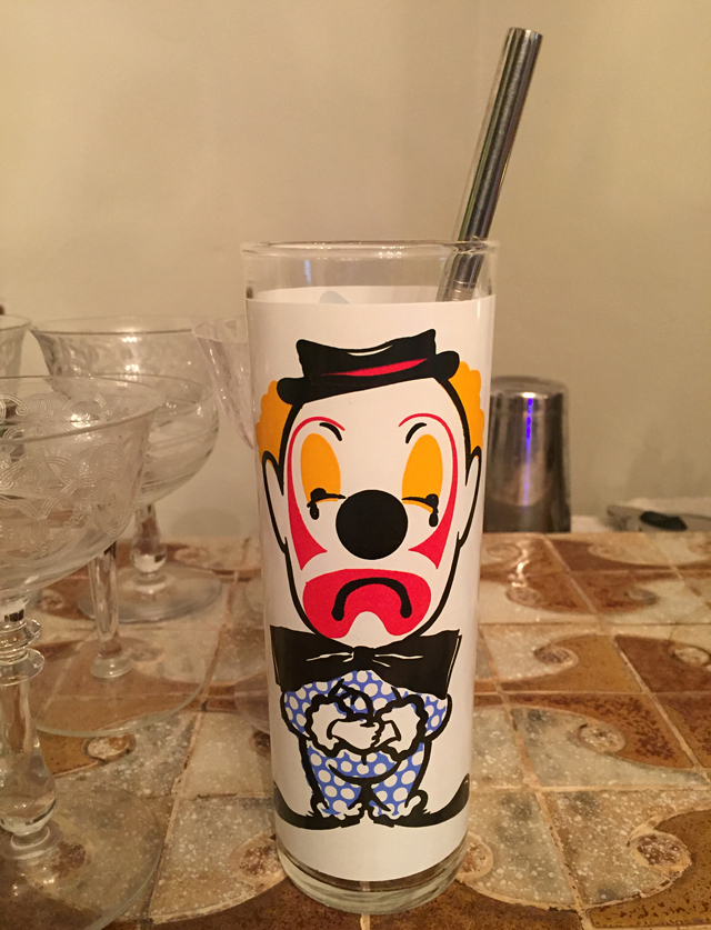 Clown-glass